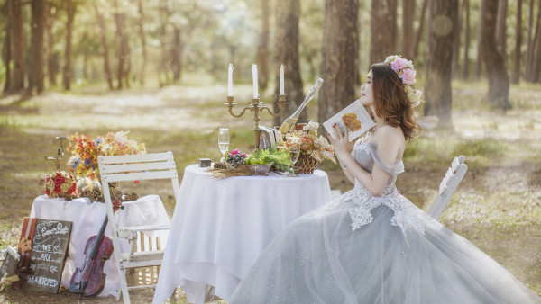 Bride in wedding outdoor scenery