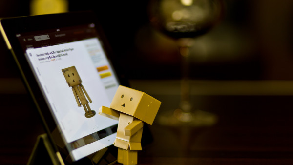 Danbo with tablet