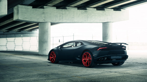 Vellano Matte Black Lamborghini Huracan on Red 3