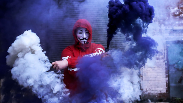 Anonymous and smoke