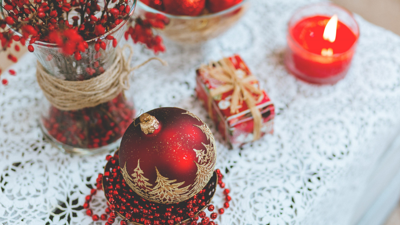Christmas table wallpaper 1280x720
