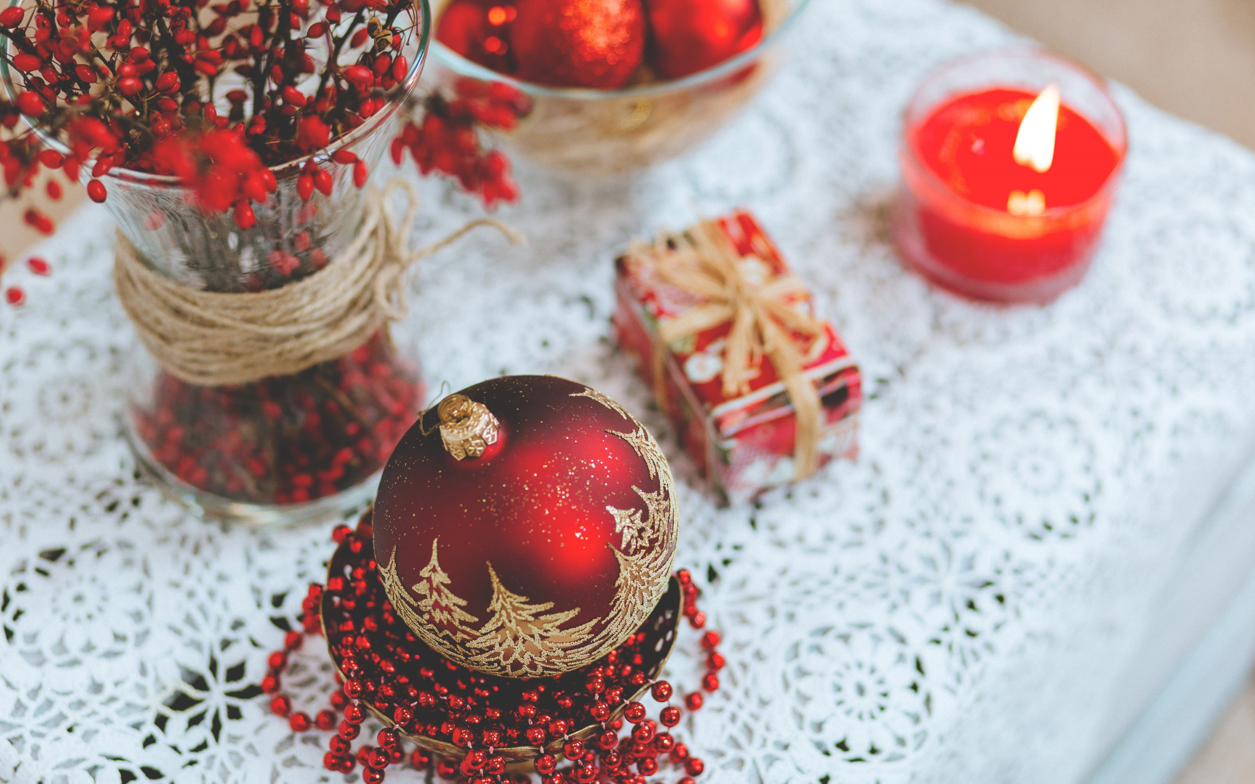 Christmas table wallpaper 2560x1600