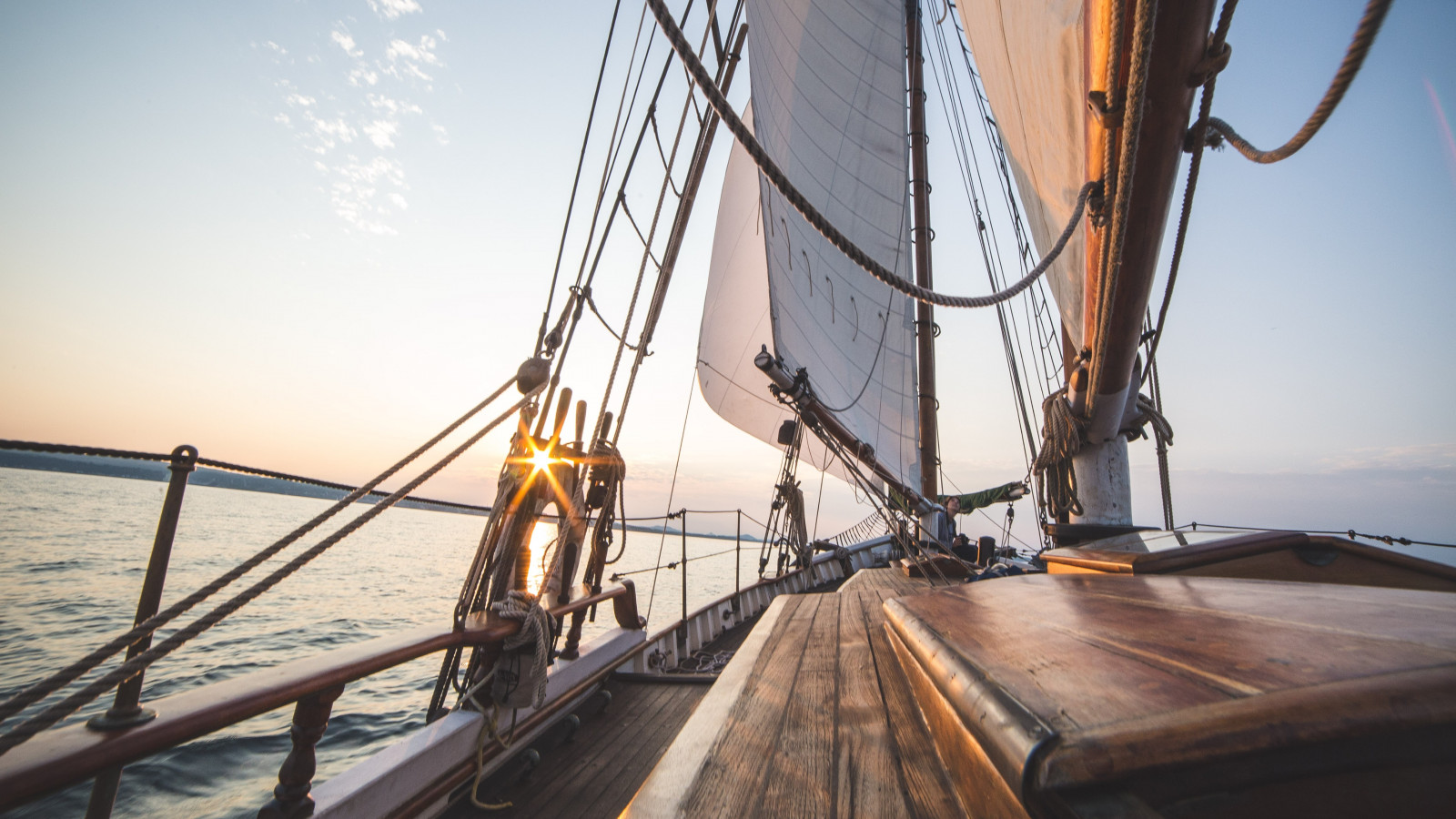 Sailing adventure wallpaper 1600x900
