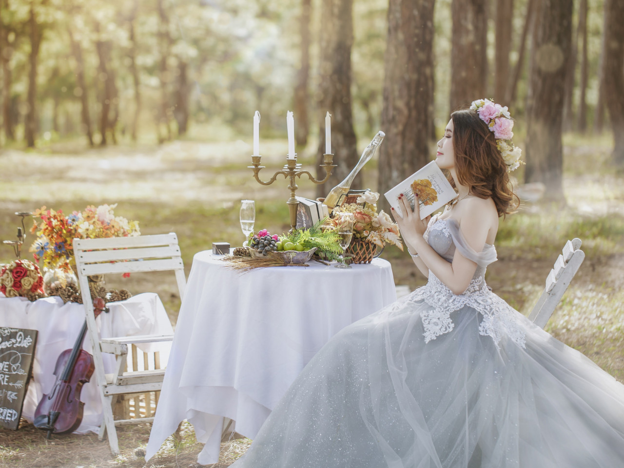Bride in wedding outdoor scenery wallpaper 1280x960