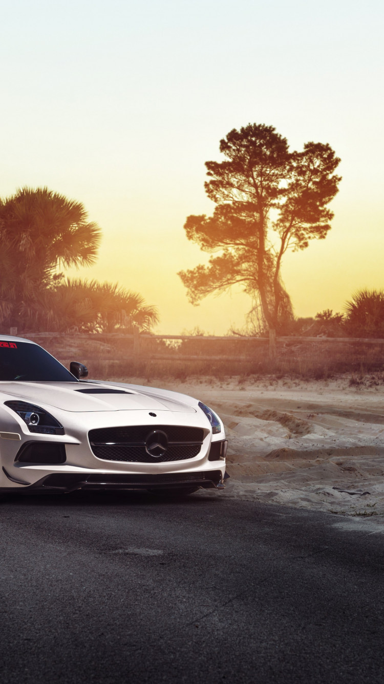 Mercedes SLS wallpaper 750x1334