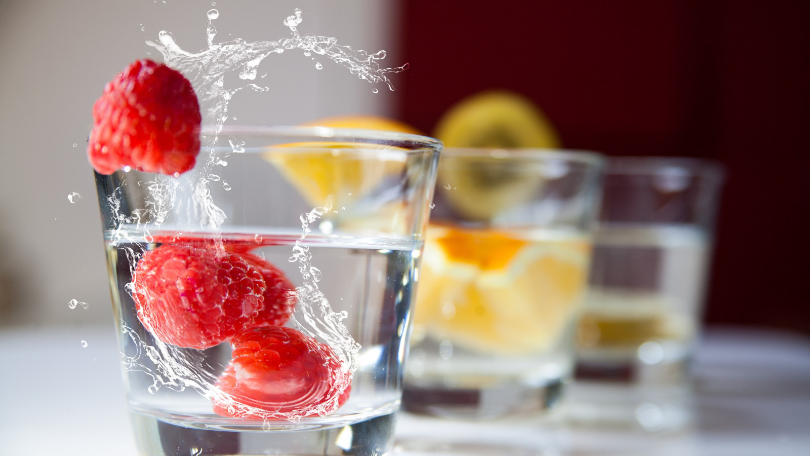 Raspberry and orange drinks wallpaper 1600x900