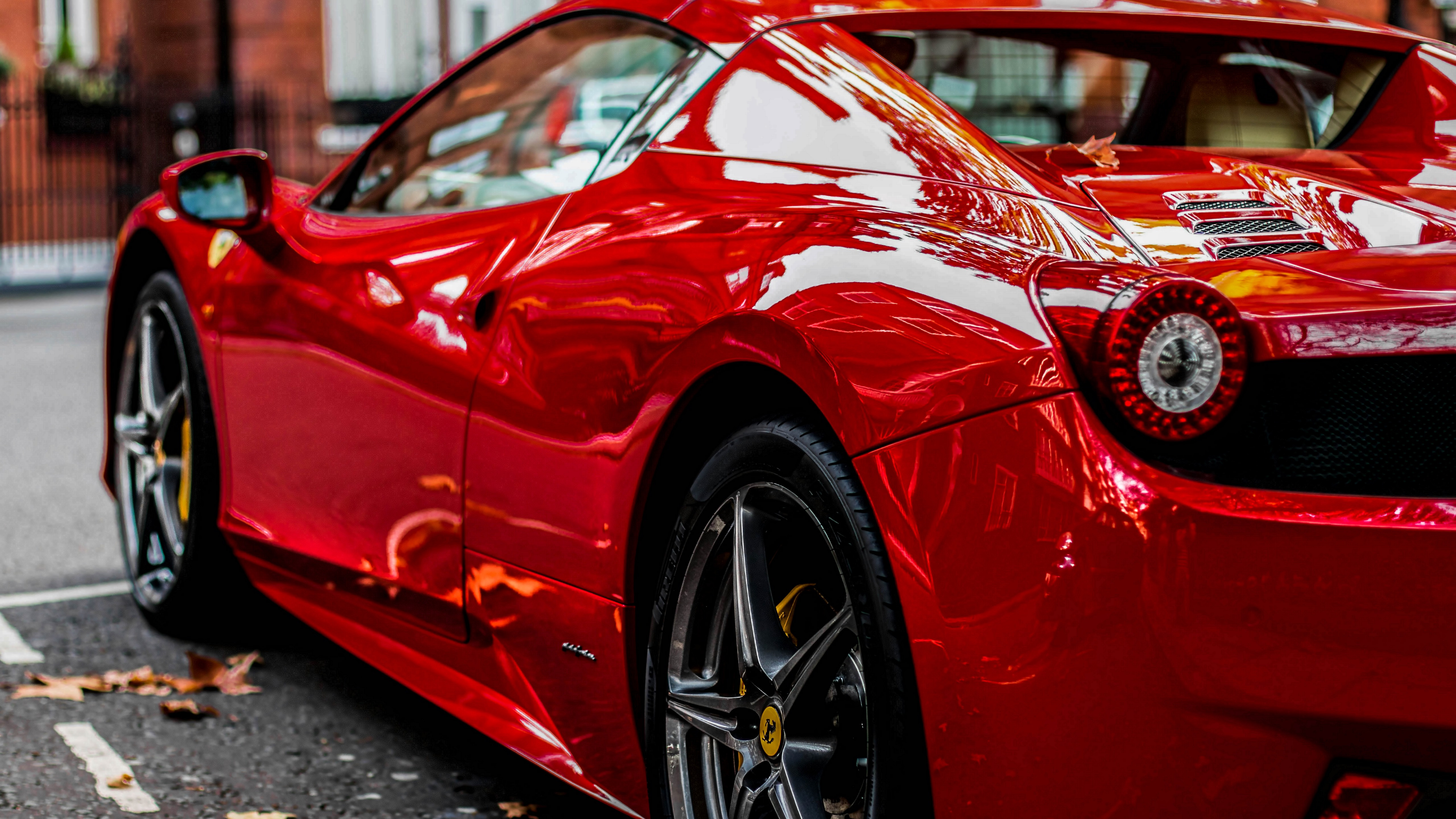 Red Ferrari wallpaper 5120x2880