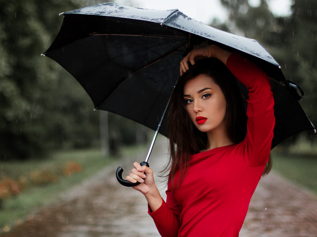 Beauitful girl in a rainy day | 1024x768 wallpaper
