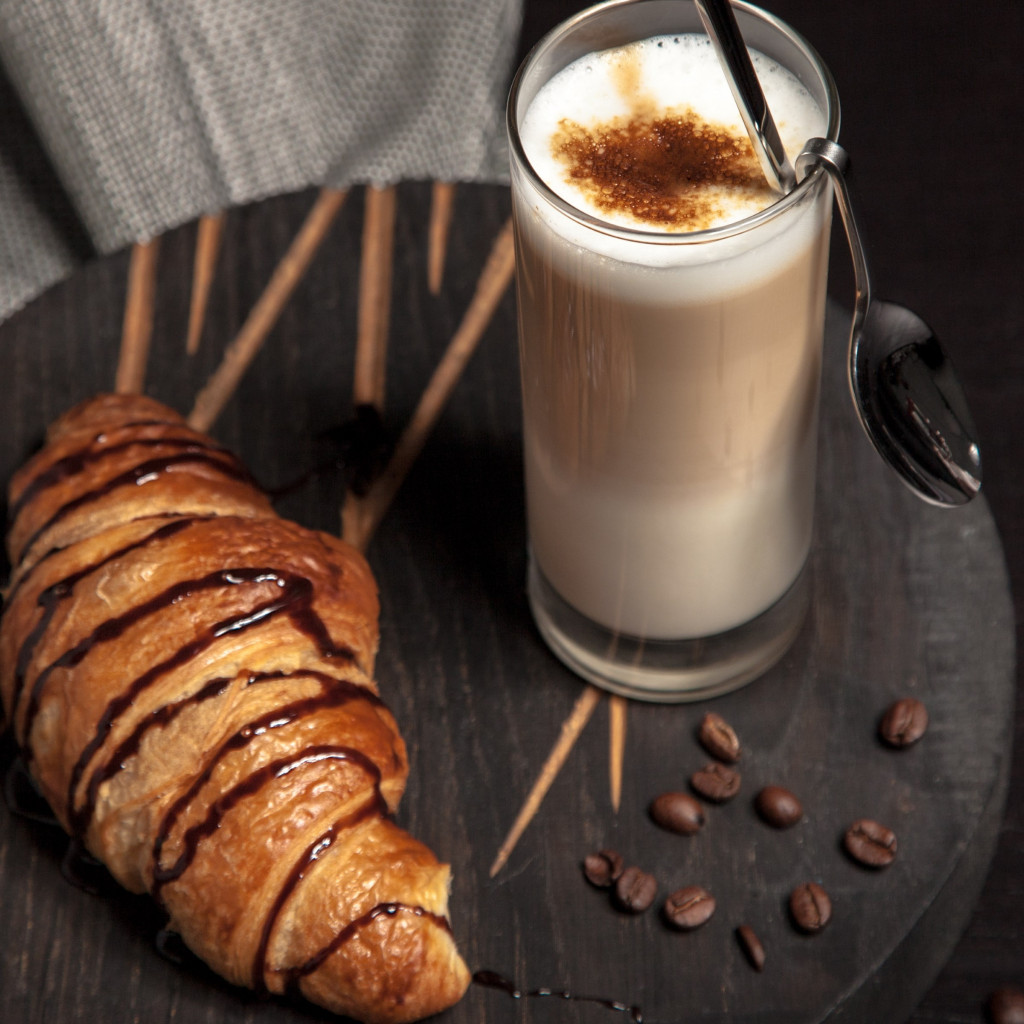 Cappuccino and chocolate croissant wallpaper 1024x1024