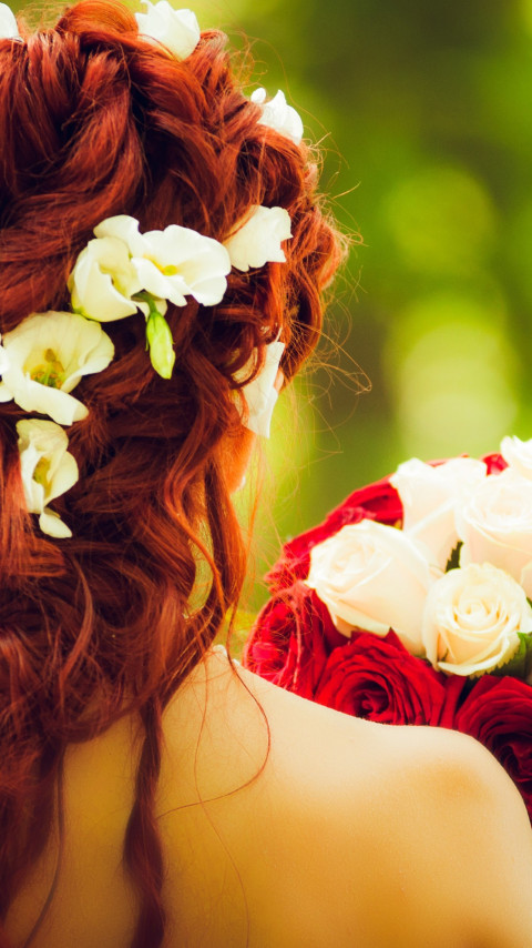 Bride and wedding flowers | 480x854 wallpaper