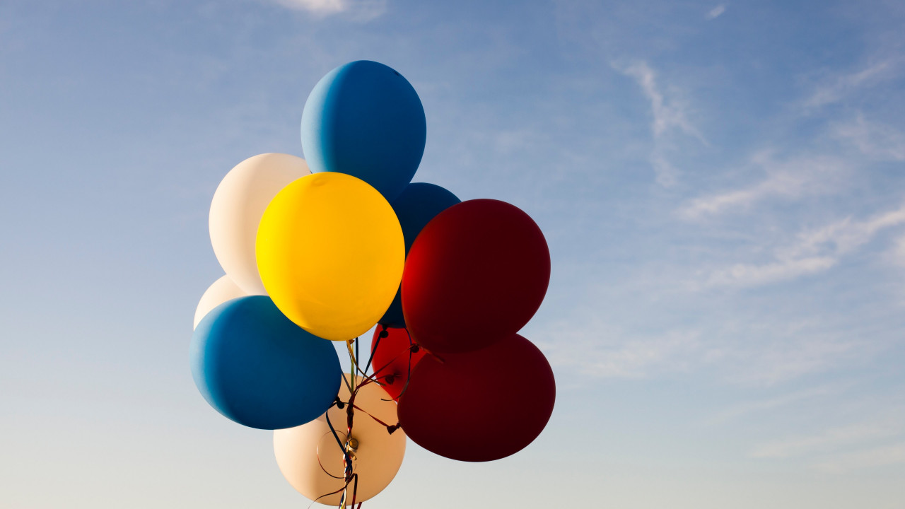 Colored balloons wallpaper 1280x720