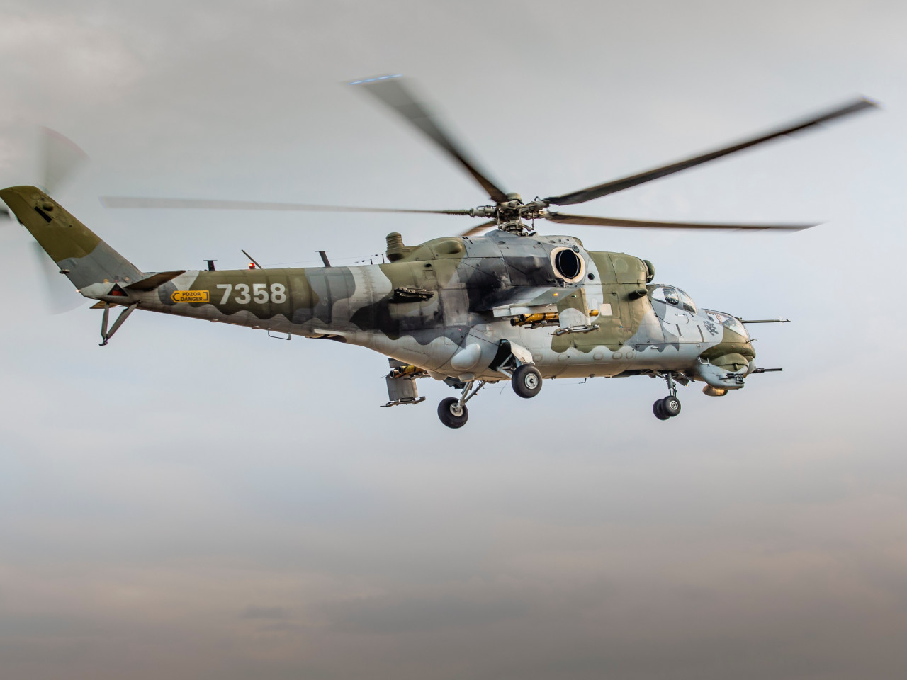Military helicopter wallpaper 1280x960