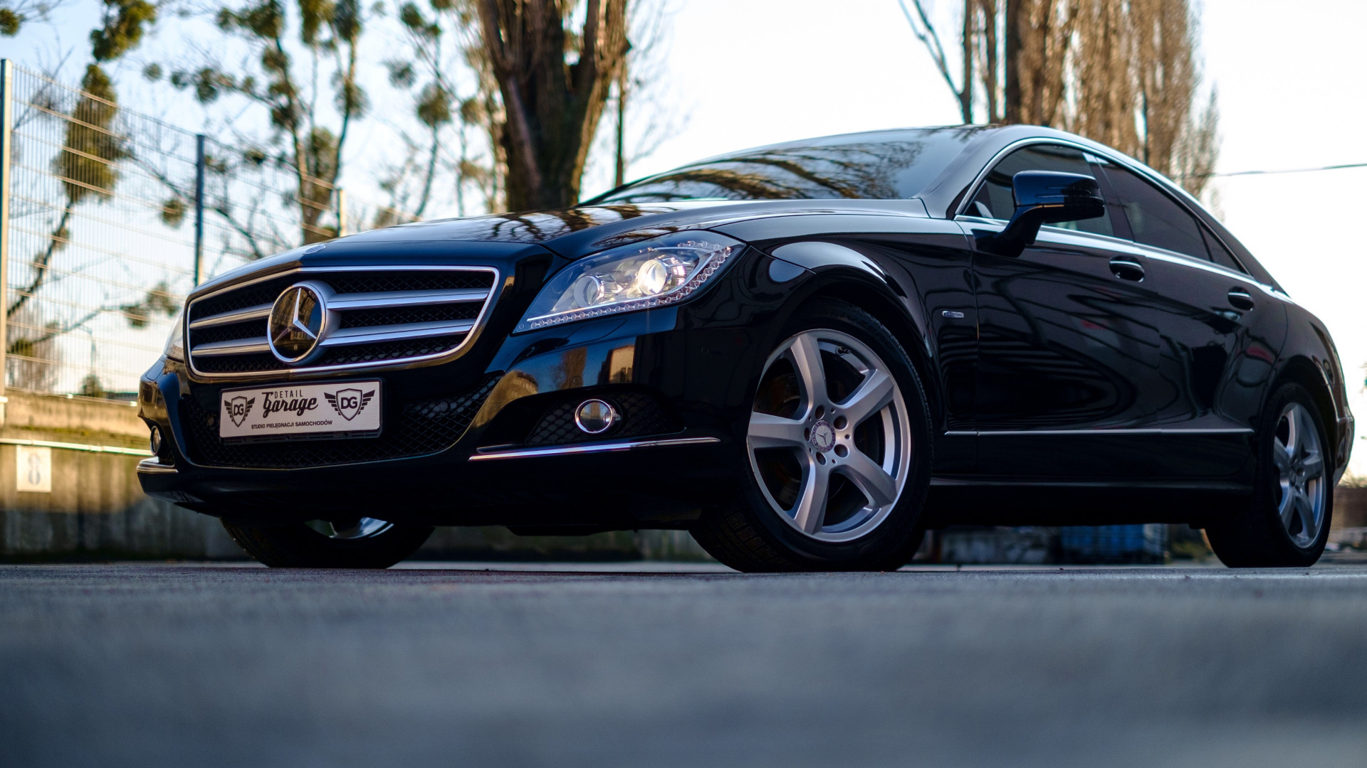 Mercedes Benz CLS wallpaper 1920x1080