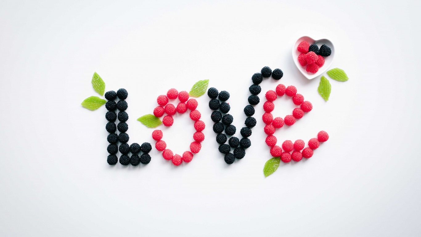 Love message with fruits | 1366x768 wallpaper