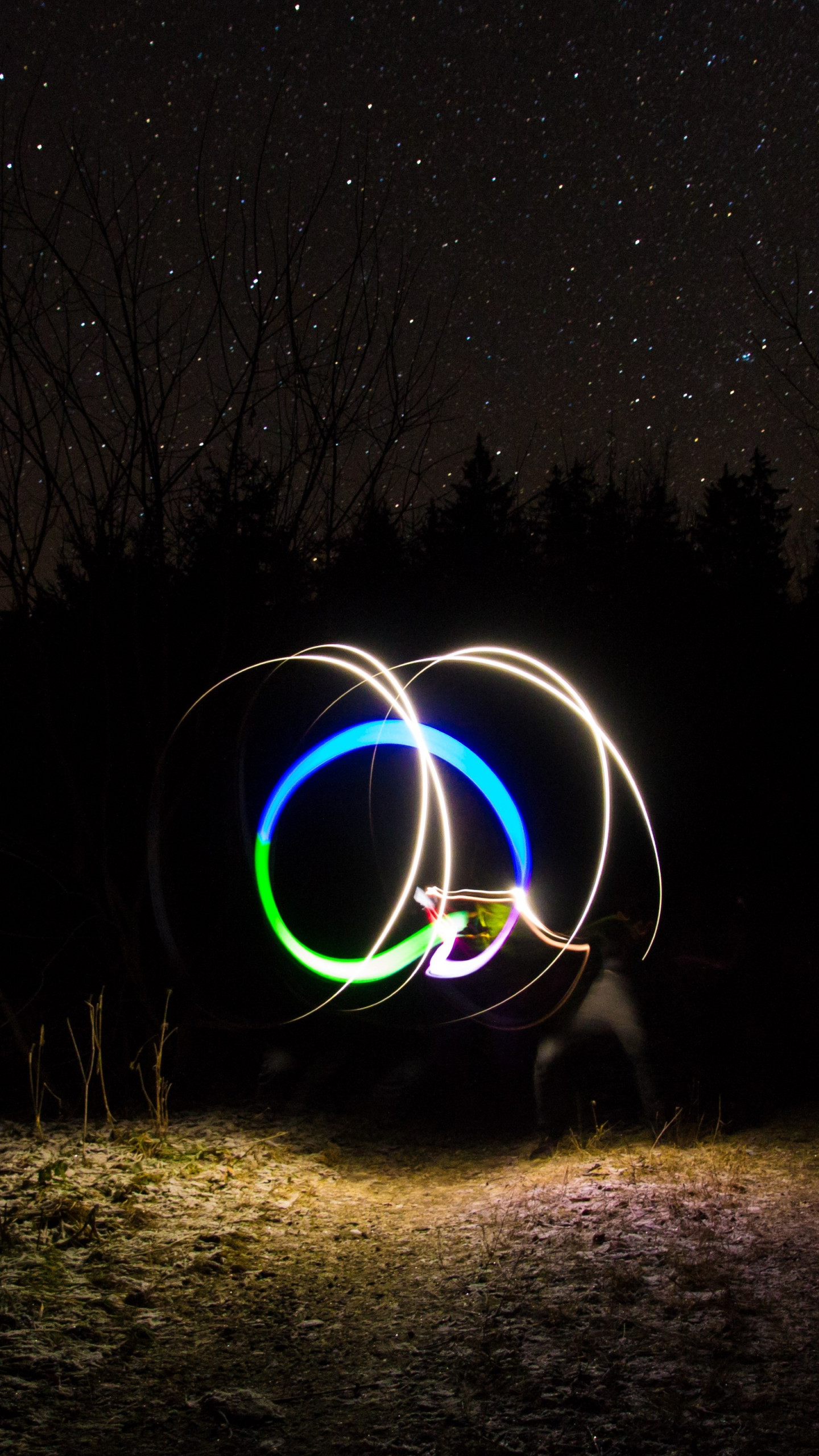 Light graffiti and the sky full of stars wallpaper 1440x2560