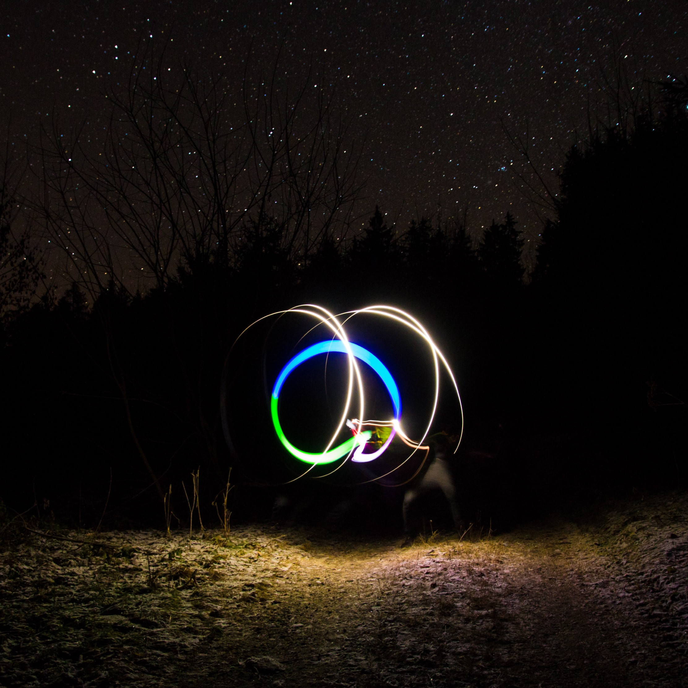 Light graffiti and the sky full of stars wallpaper 2224x2224