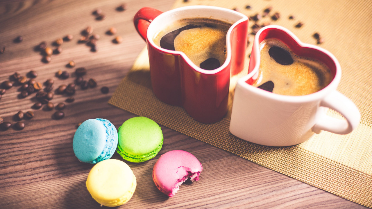 Coffee and macaroons wallpaper 1280x720