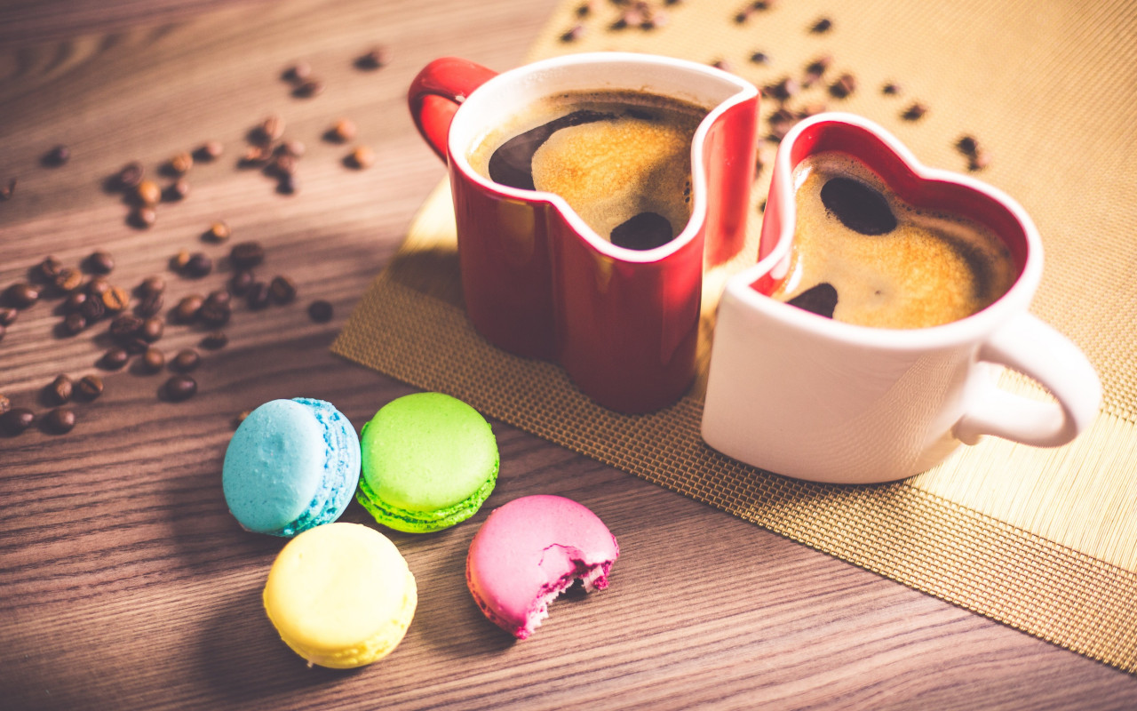 Coffee and macaroons wallpaper 1280x800