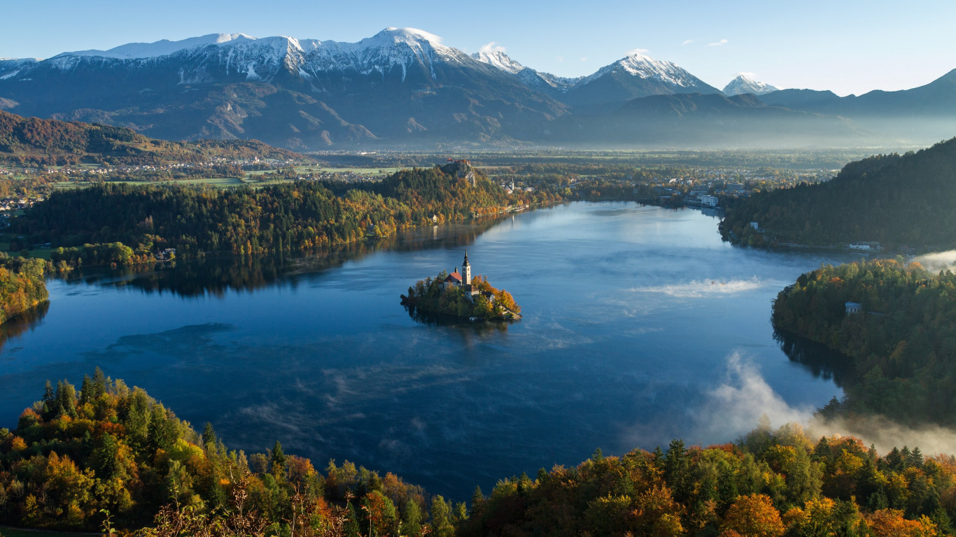 Best landscape from Bled, Slovenia | 1366x768 wallpaper
