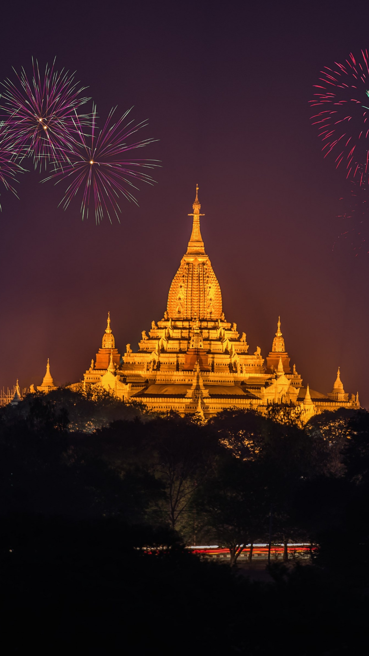 Fireworks above Ananda Phato temple | 1242x2208 wallpaper