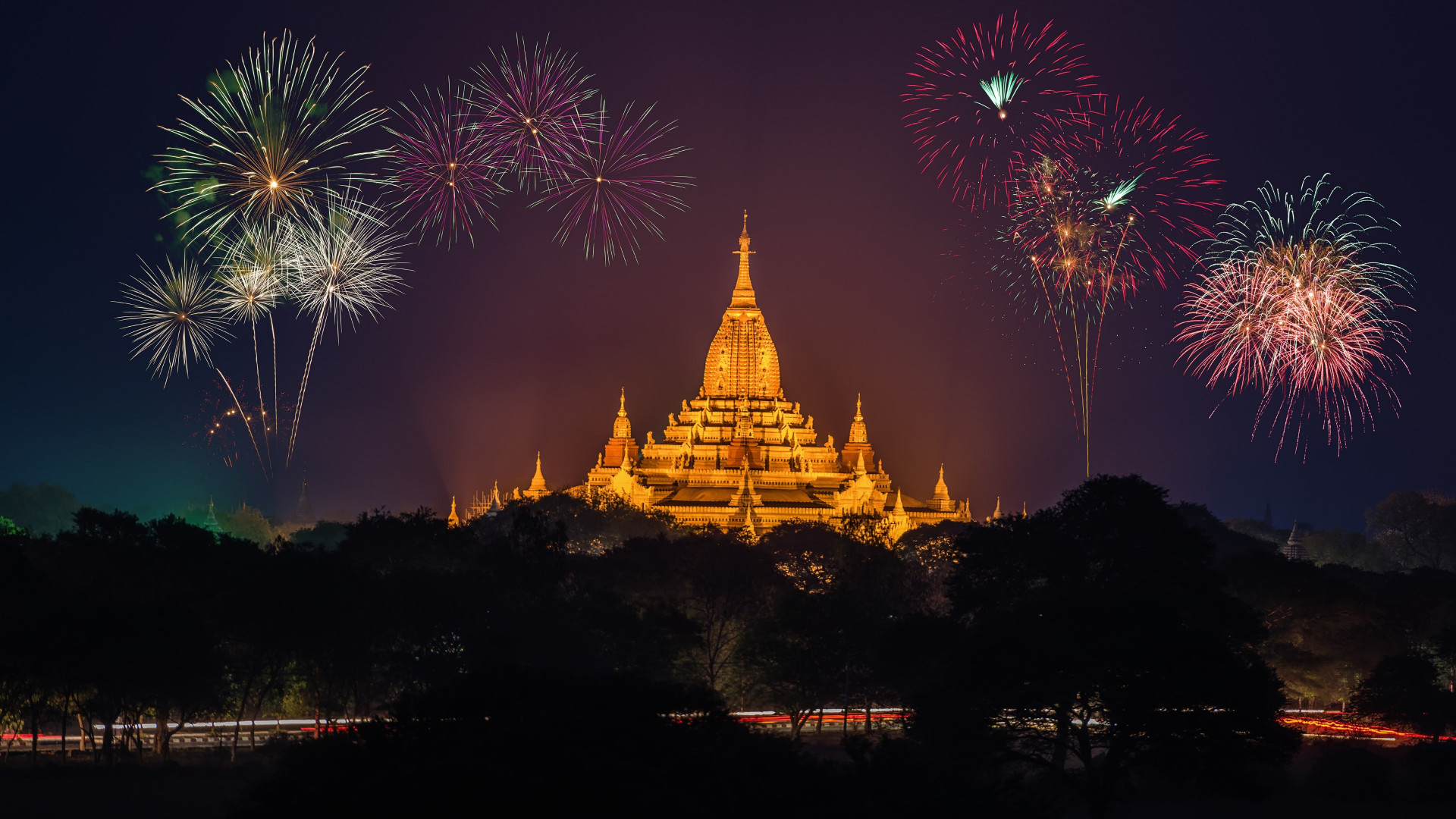 Fireworks above Ananda Phato temple | 1920x1080 wallpaper