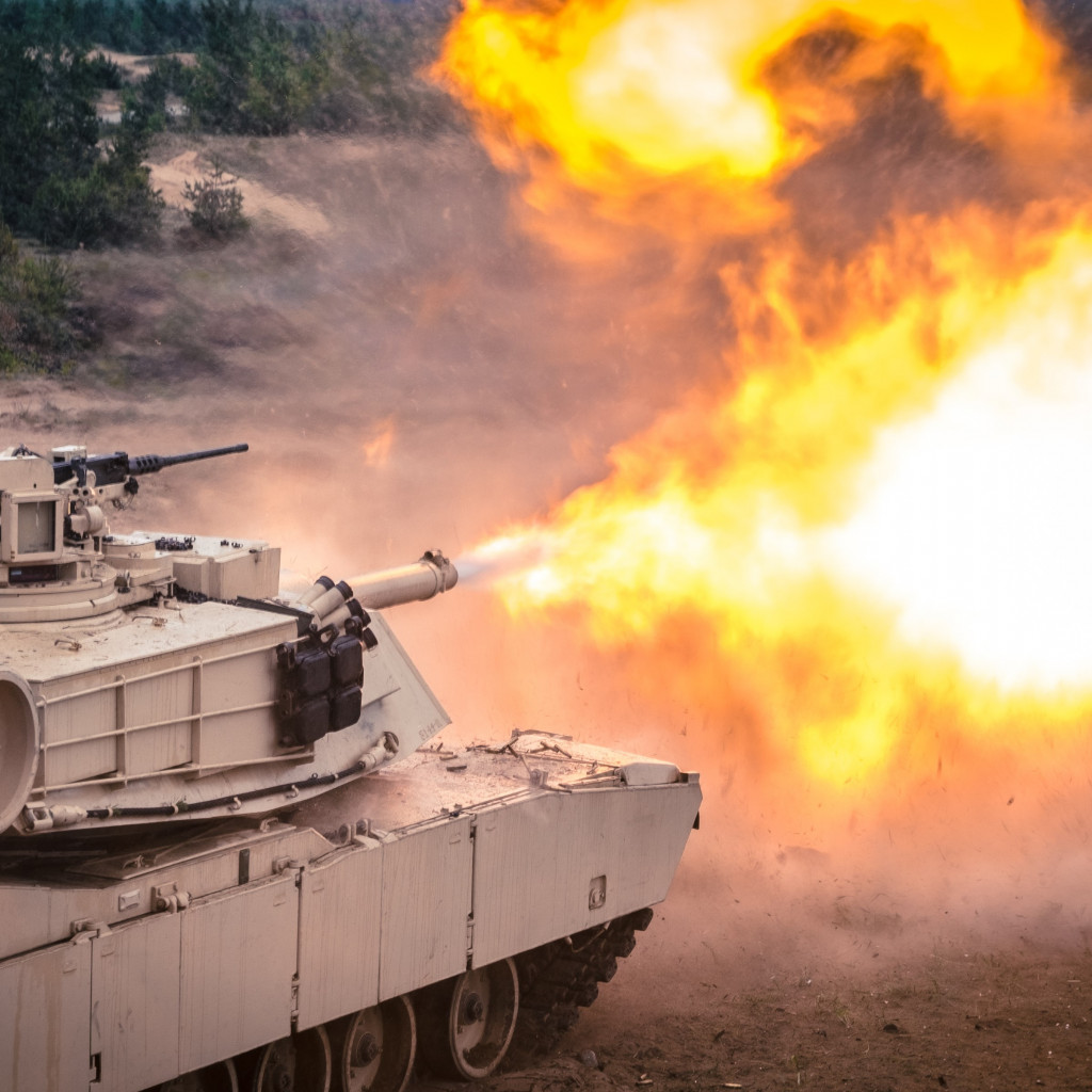 Tank firing exercise wallpaper 1024x1024