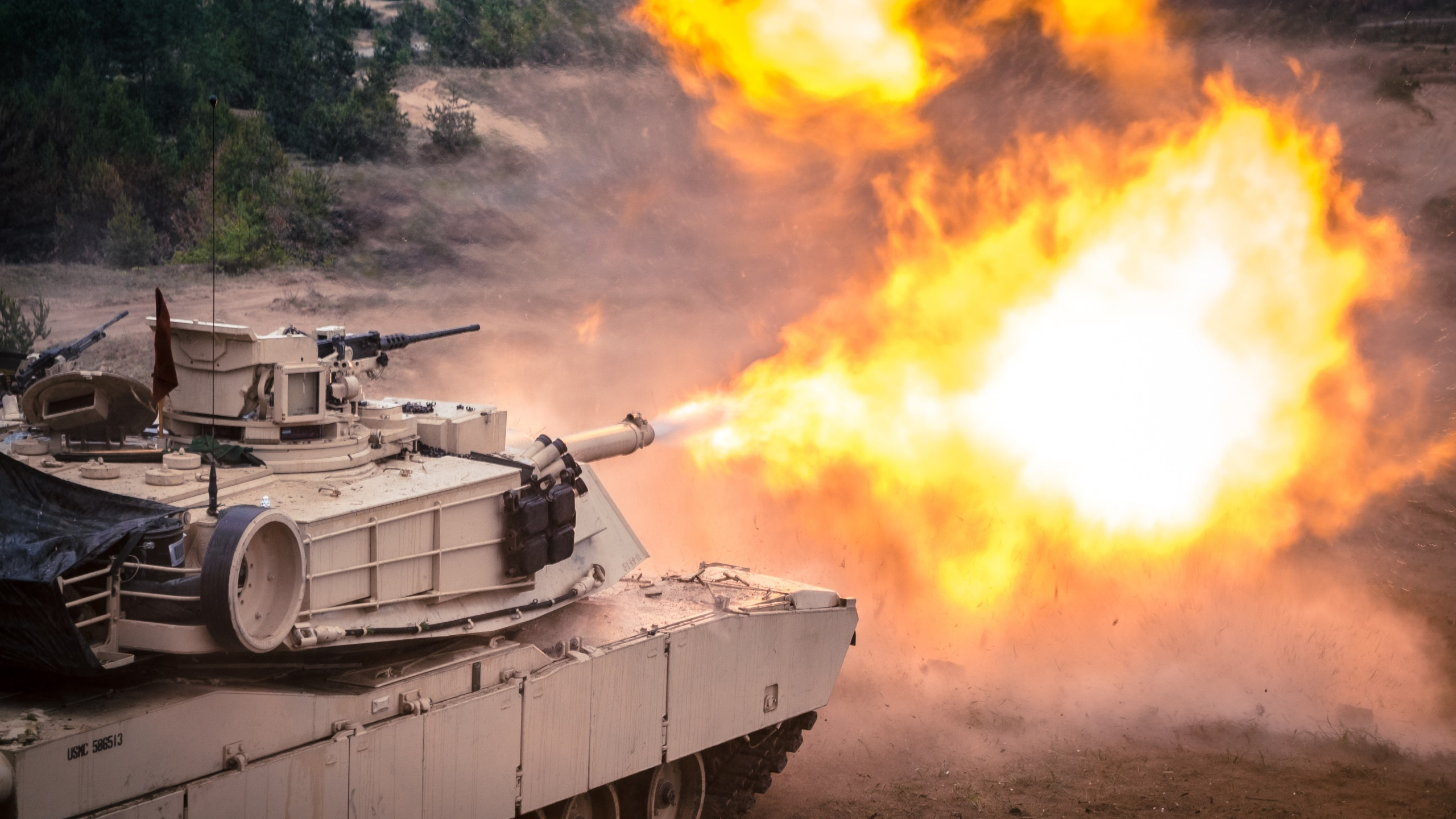 Tank firing exercise | 2560x1440 wallpaper
