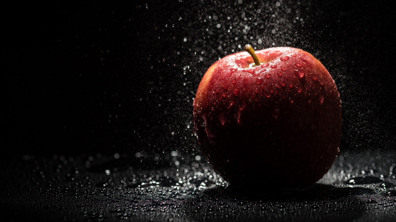 The apple, natural red apple wallpaper 1366x768