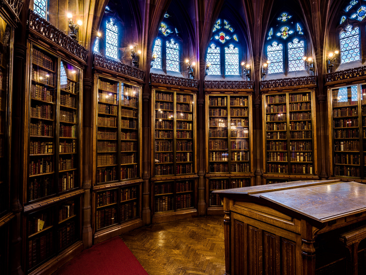 The Interior of John Rylands library wallpaper 1280x960