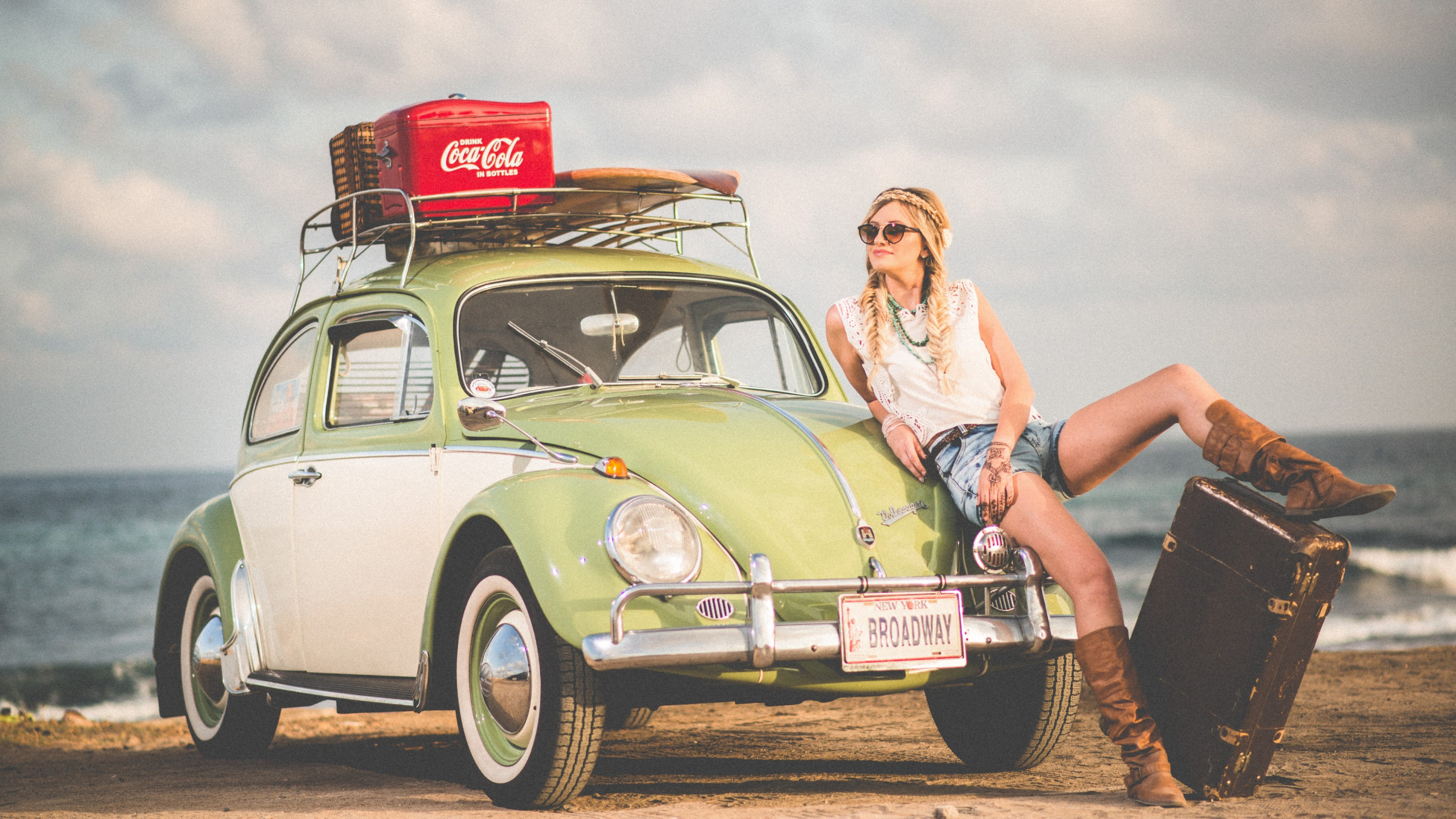 VW Beetle, blonde girl, model, travel wallpaper 2880x1620