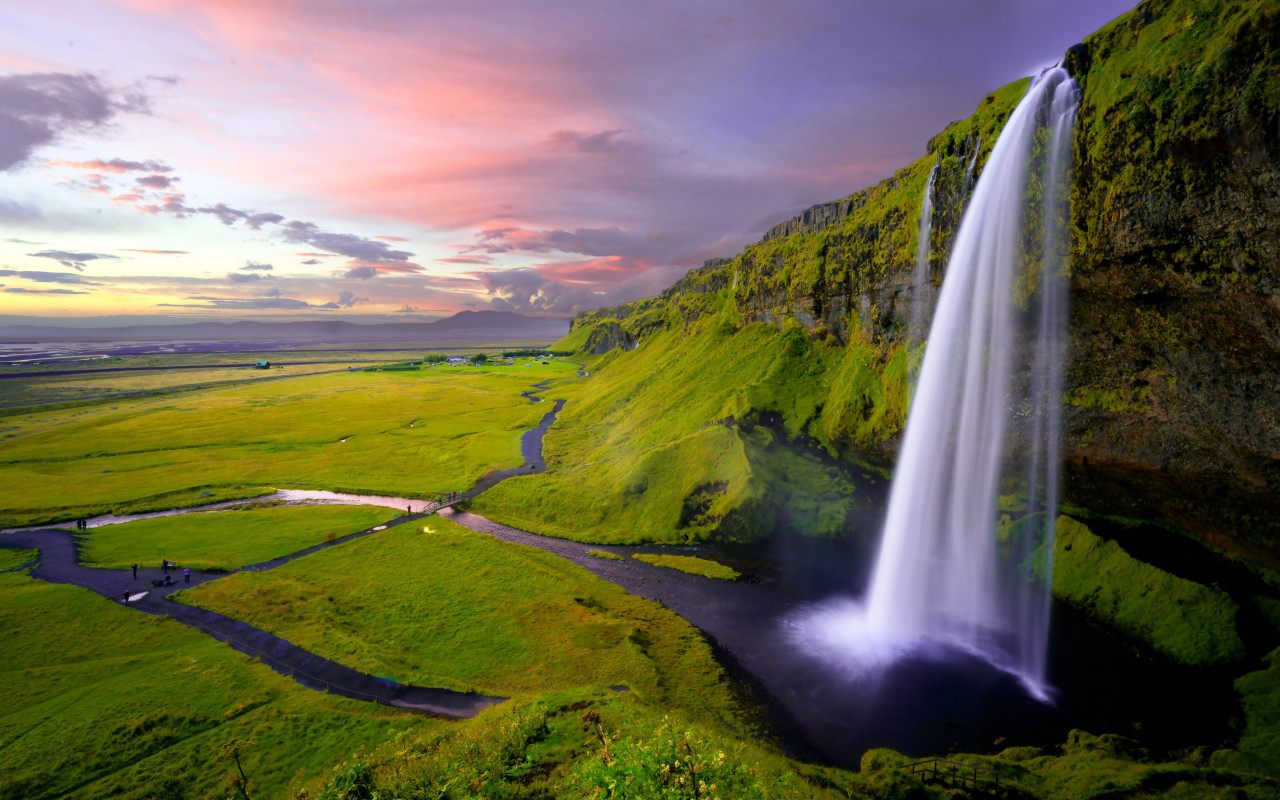 Seljalandsfoss waterfall wallpaper 1280x800