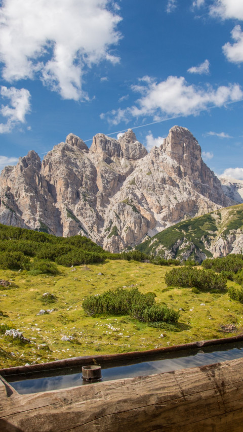 Landscape from Dolomites mountains wallpaper 480x854