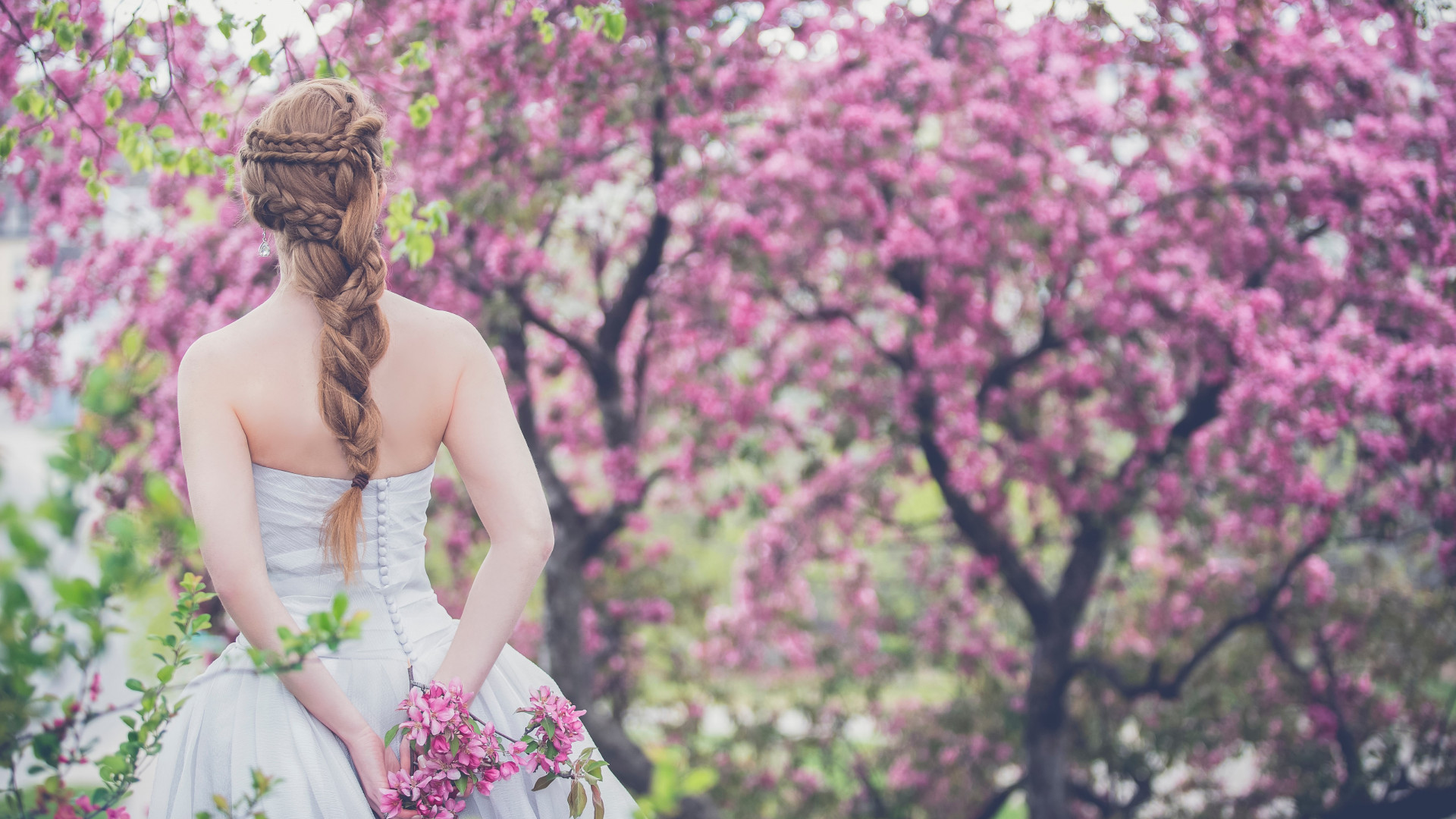 Wedding day. The beautiful bride wallpaper 1920x1080