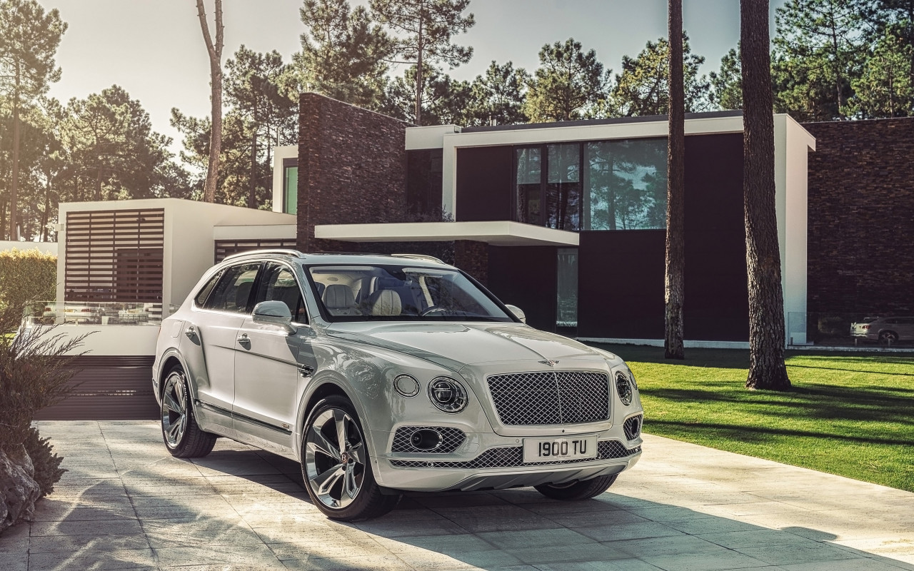 Bentley Bentayga Hybrid 2018 wallpaper 1280x800