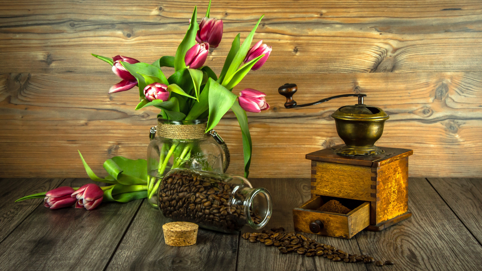 Red tulips and coffee grains wallpaper 1920x1080