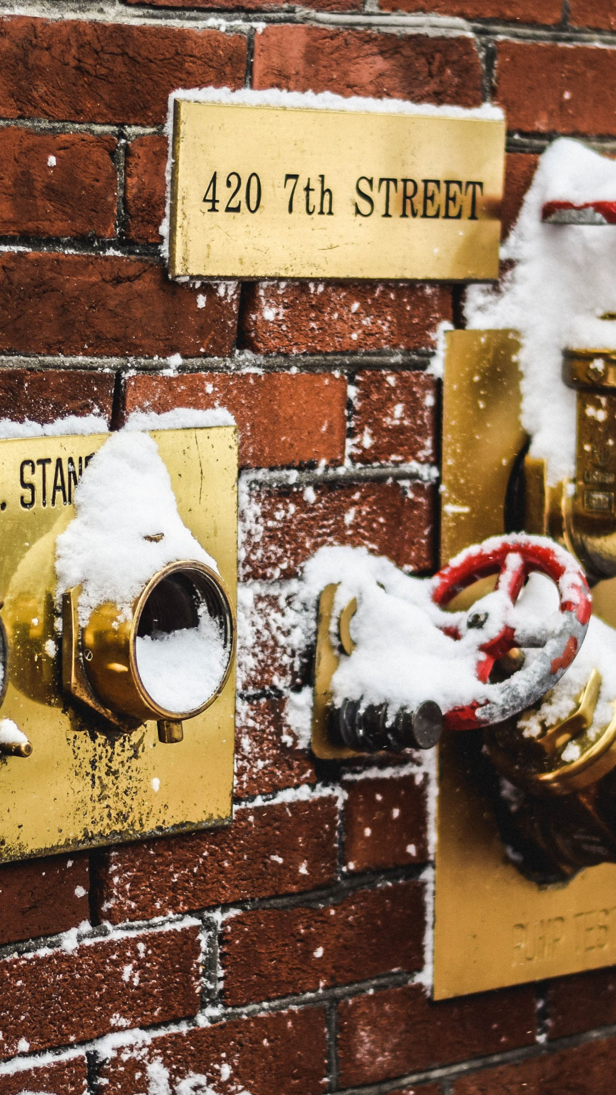 Snow covered fire standpipes in Washington | 1242x2208 wallpaper