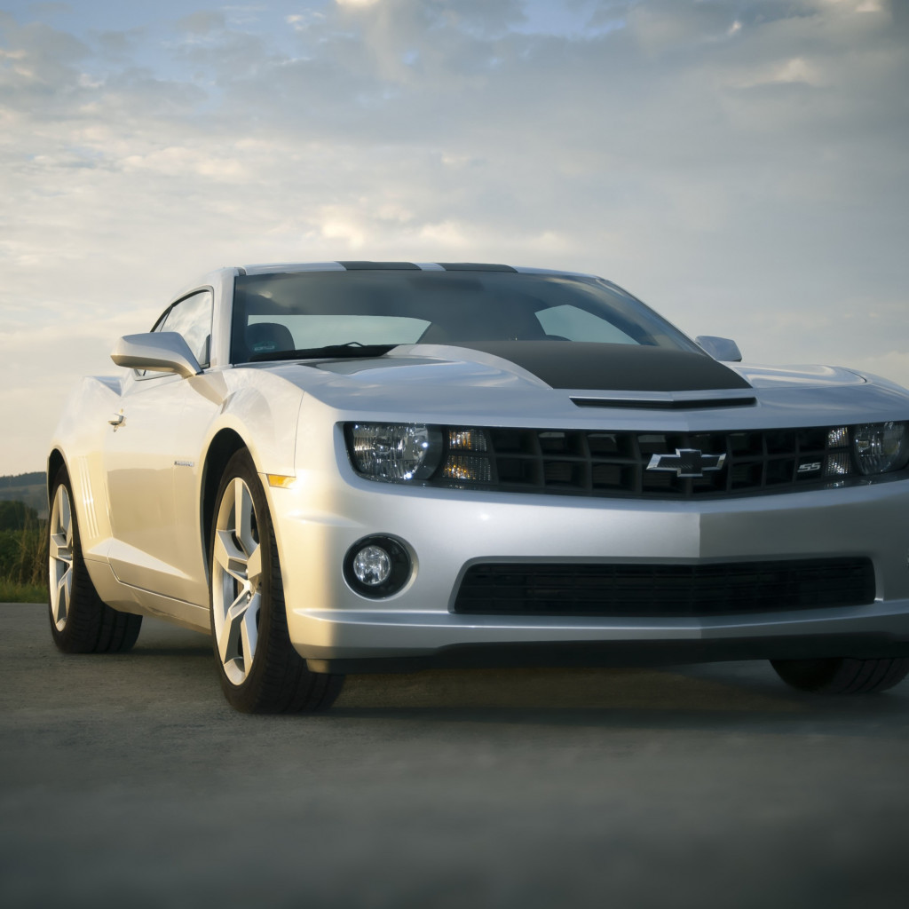 Chevrolet Camaro wallpaper 1024x1024