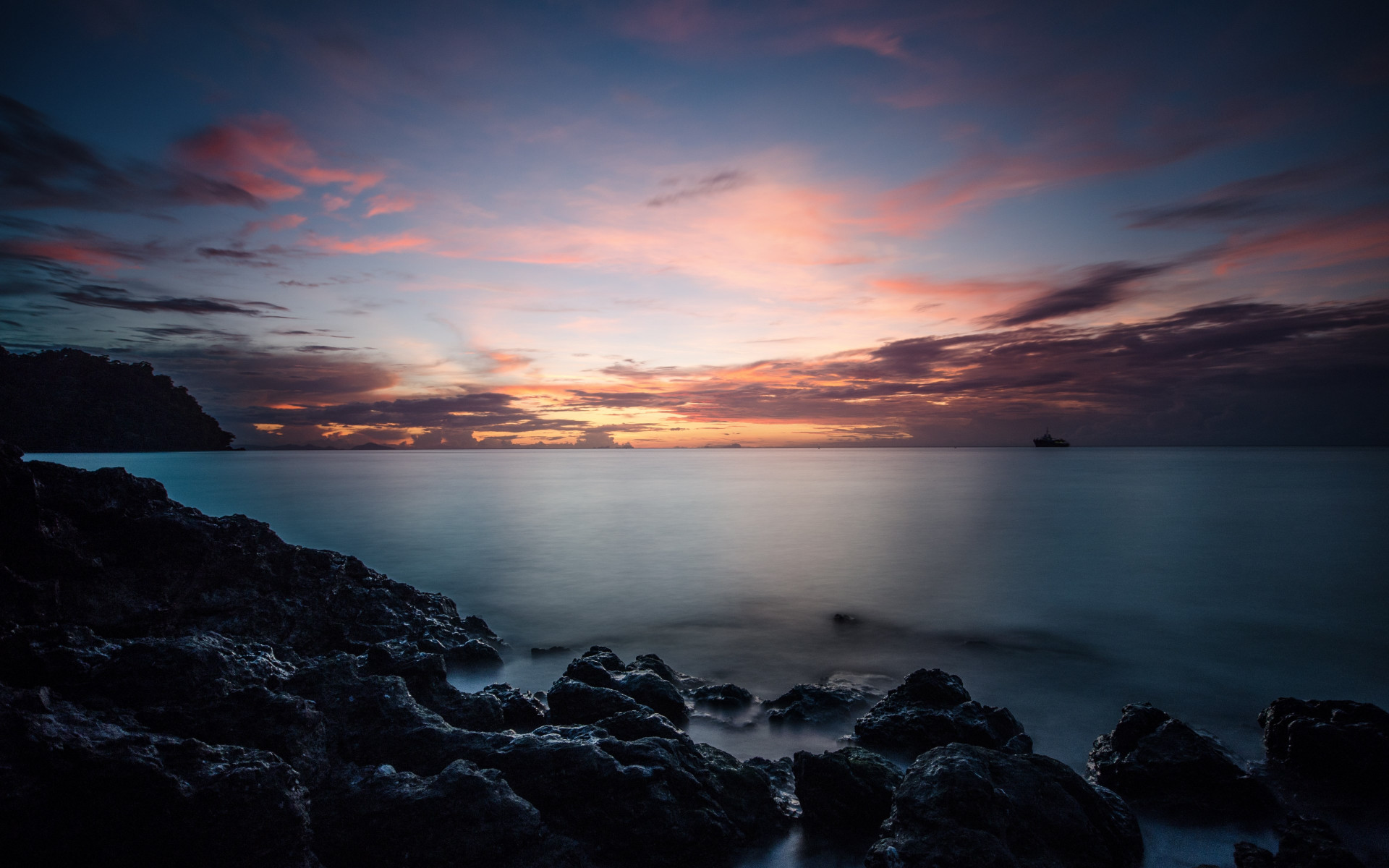 Sunset, rocks, clouds, view from Thailand wallpaper 1920x1200