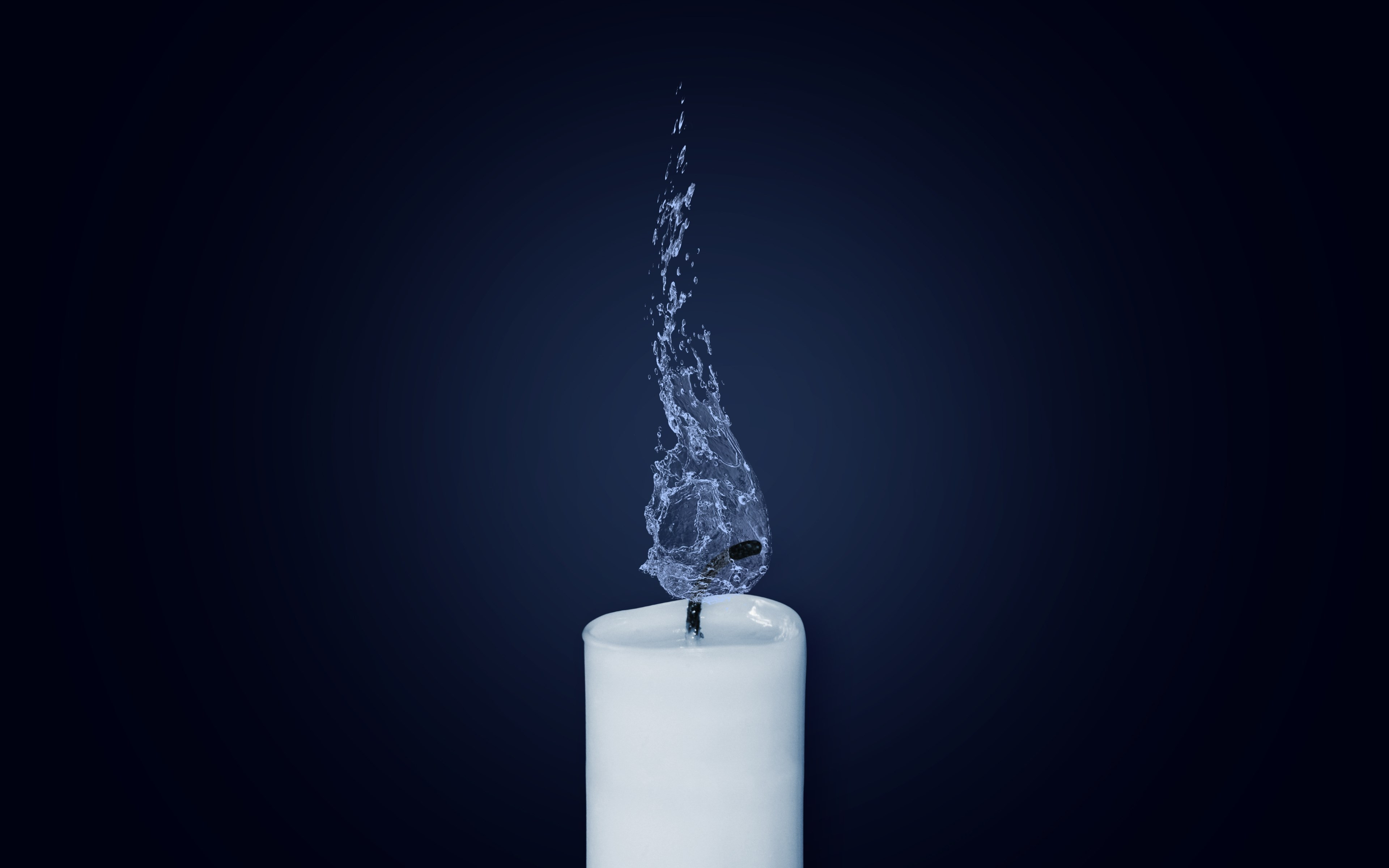 Water Flame. Candlelight wallpaper 3840x2400