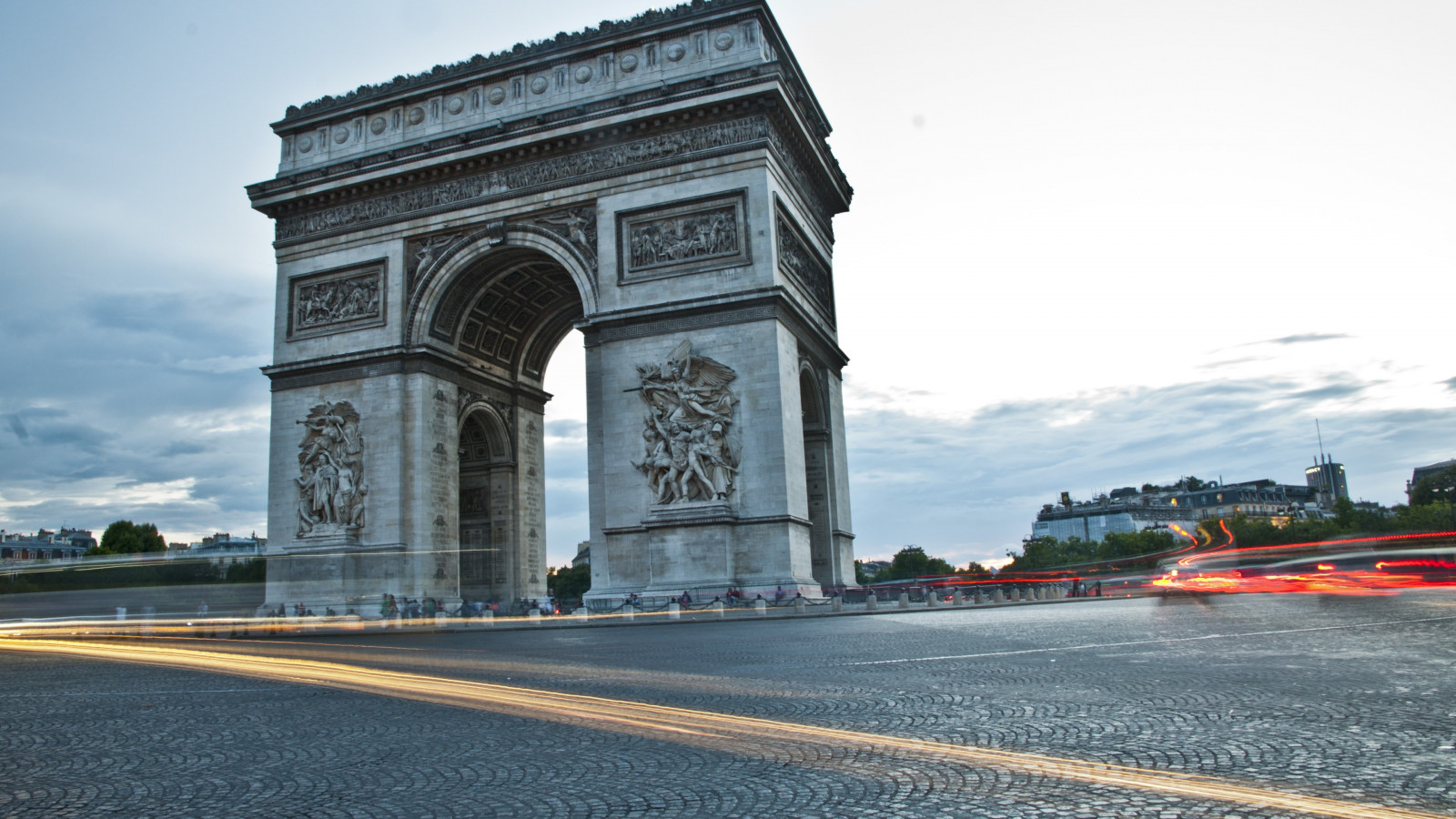 Arc de Triomphe from Paris wallpaper 1600x900