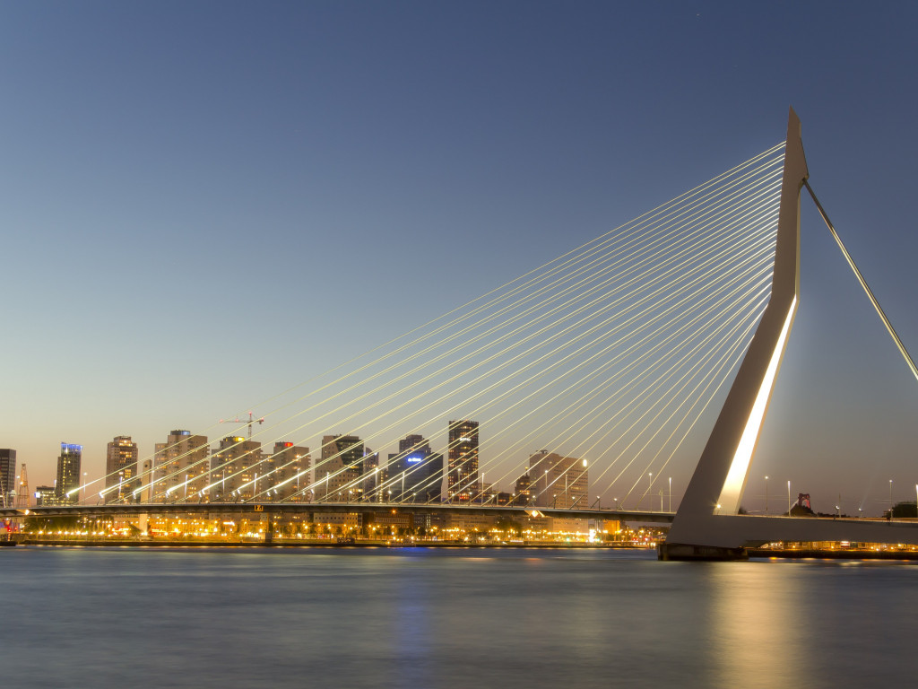 Erasmus bridge wallpaper 1024x768