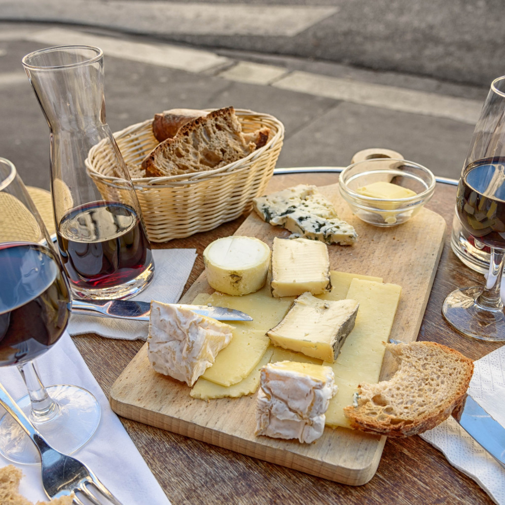 Cheese, wine and bread. Good food and drink wallpaper 1024x1024