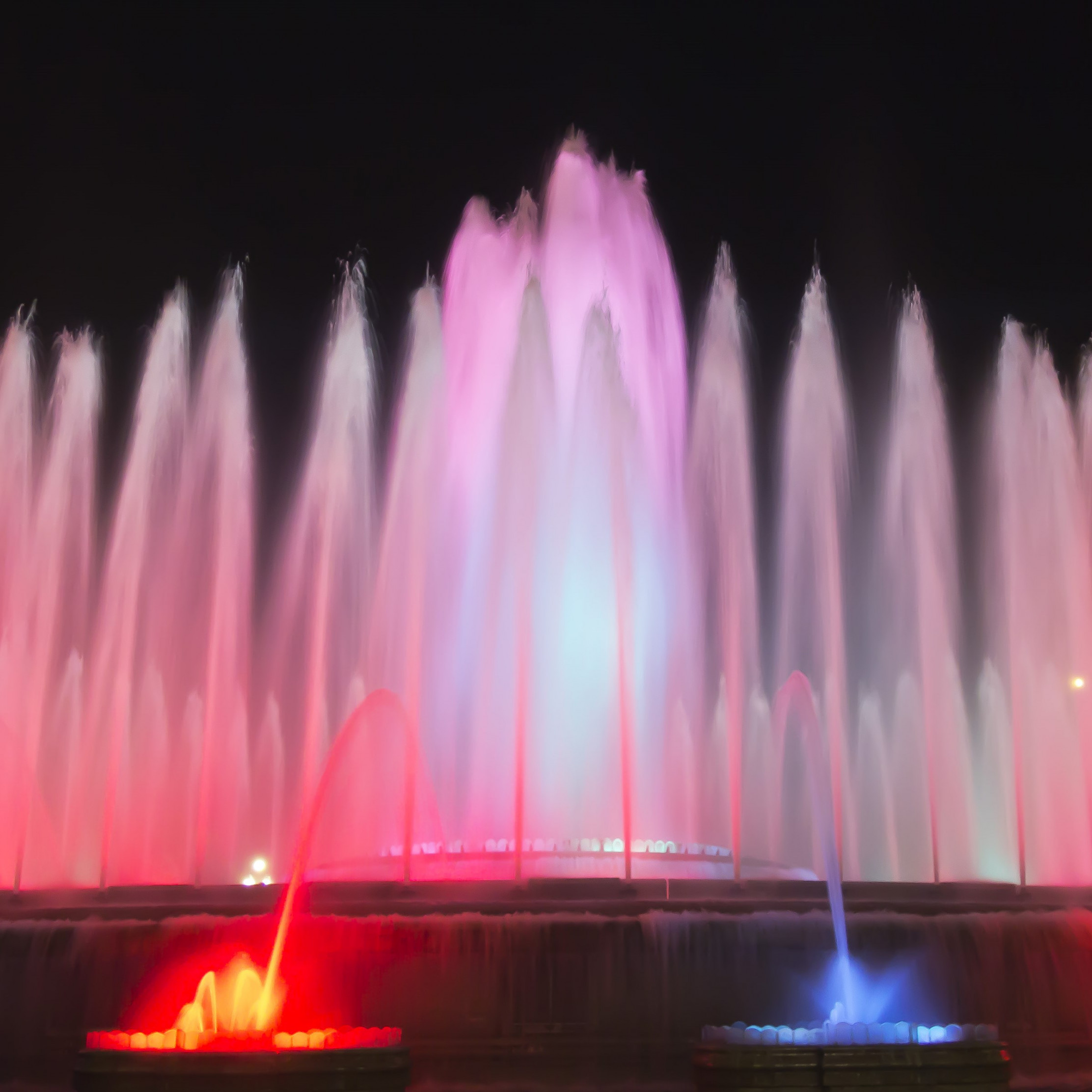Fountains in Barcelona wallpaper 2224x2224