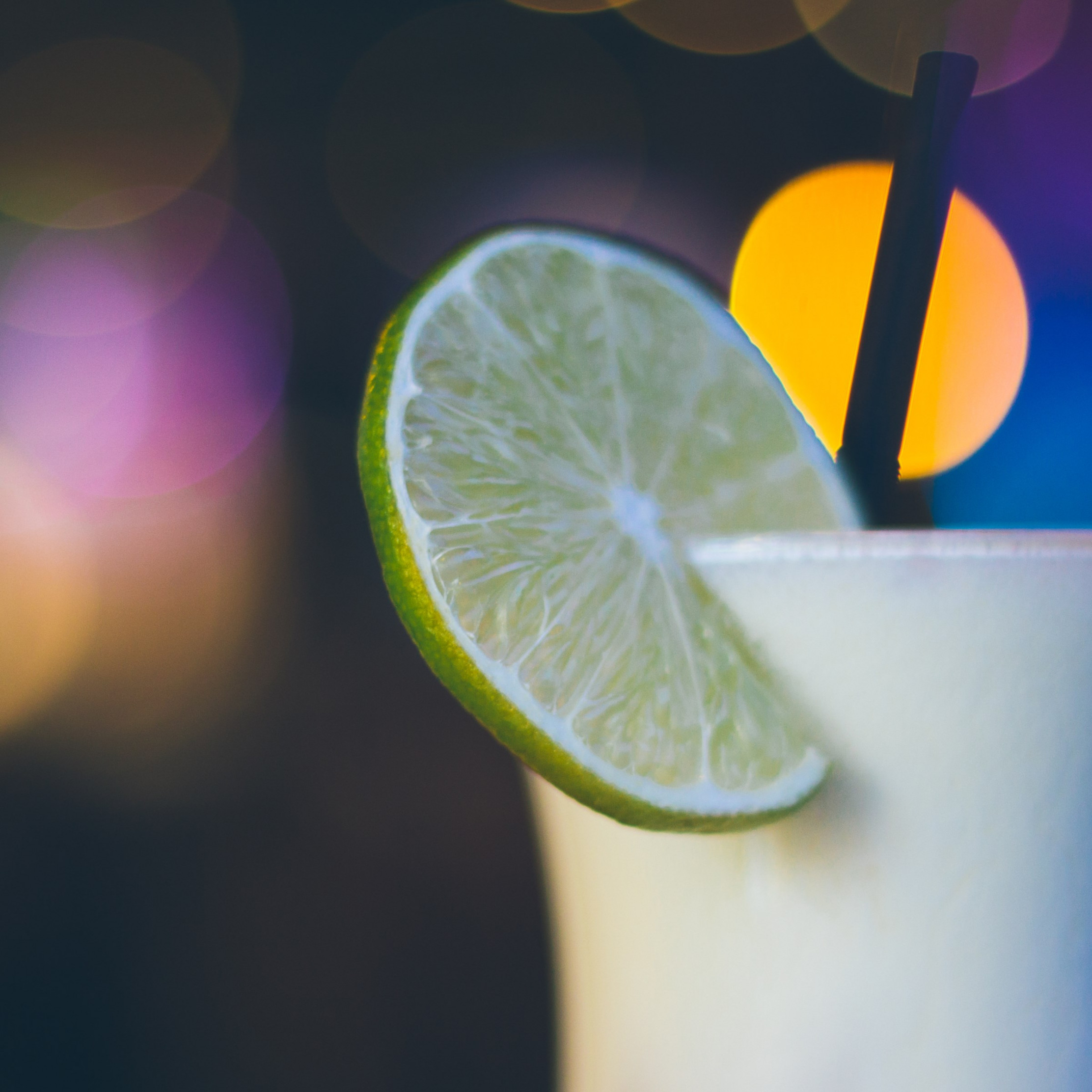 Exotic cocktail with lime | 2224x2224 wallpaper