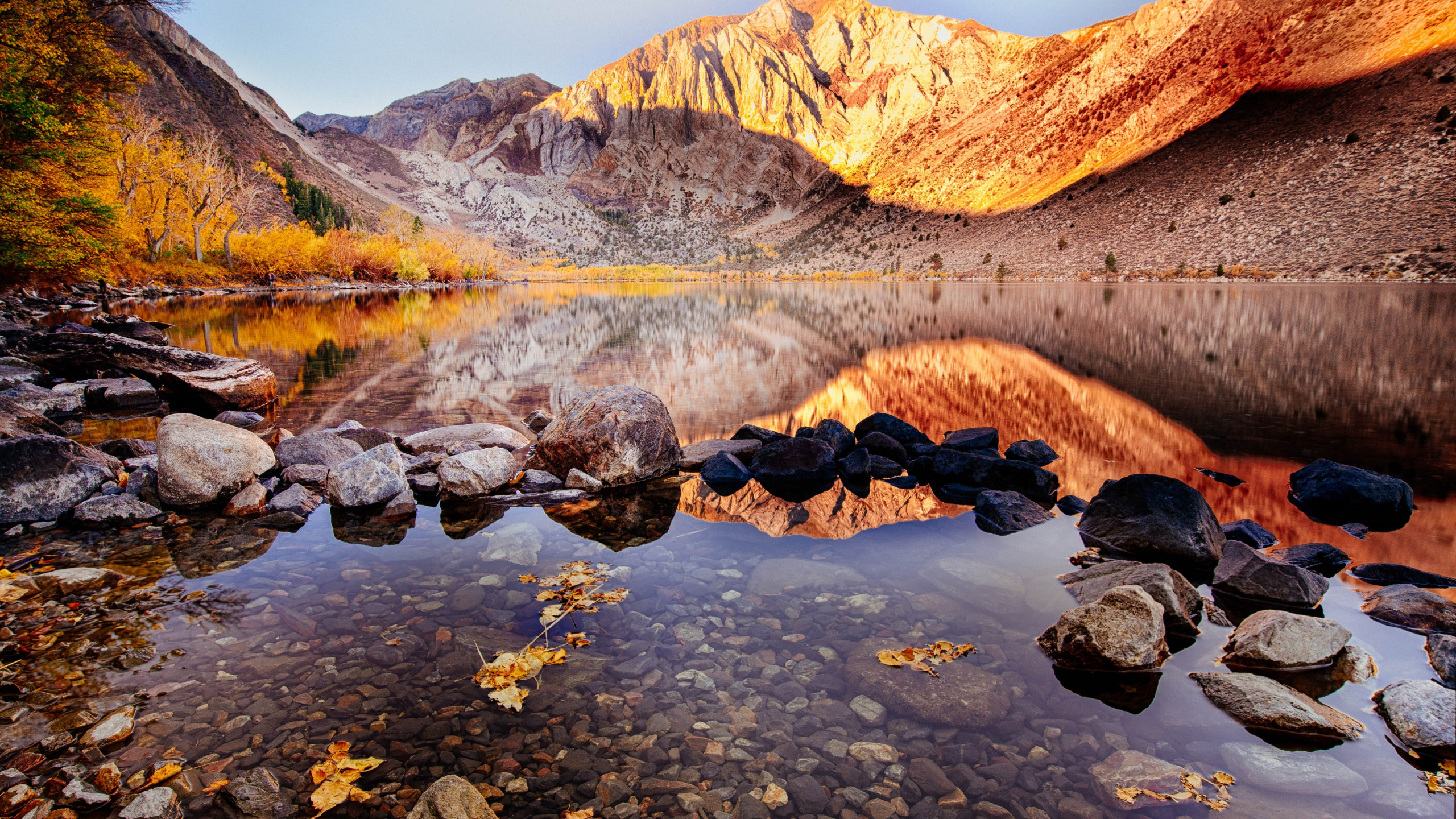 Convict lake wallpaper 2560x1440