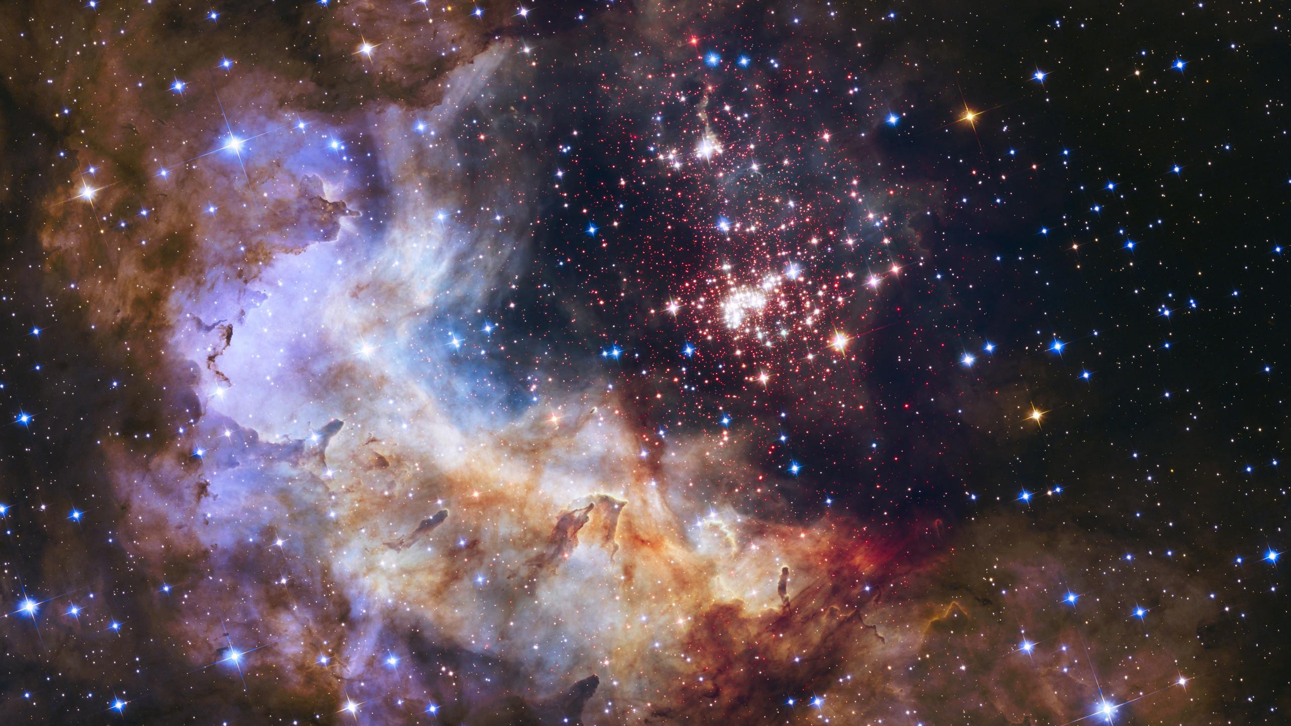 Download Wallpaper Universe Seen Through Hubble Space Telescope 2560x1440