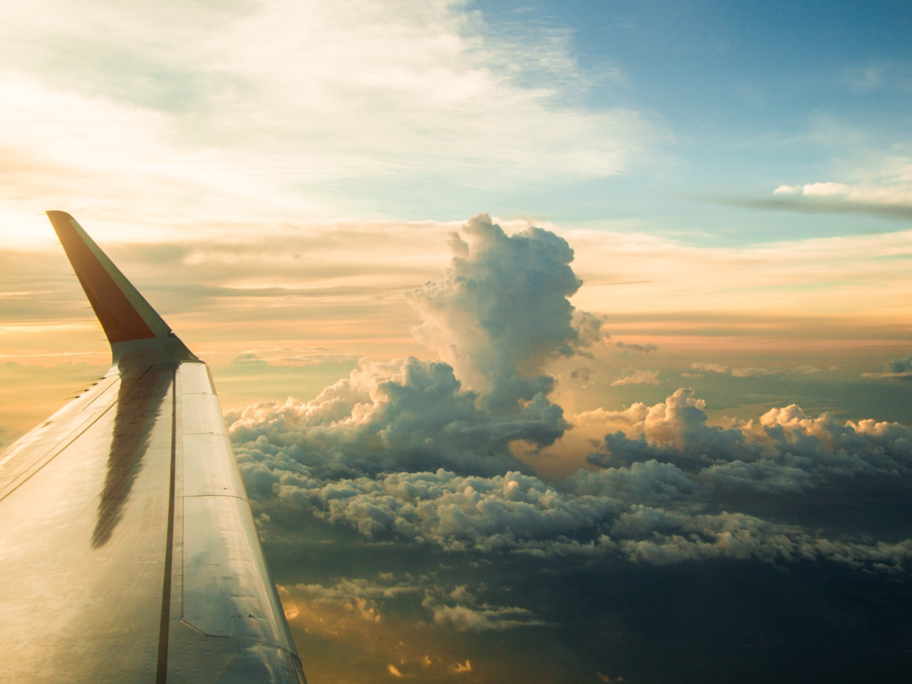 View from the airplane window | 1280x960 wallpaper