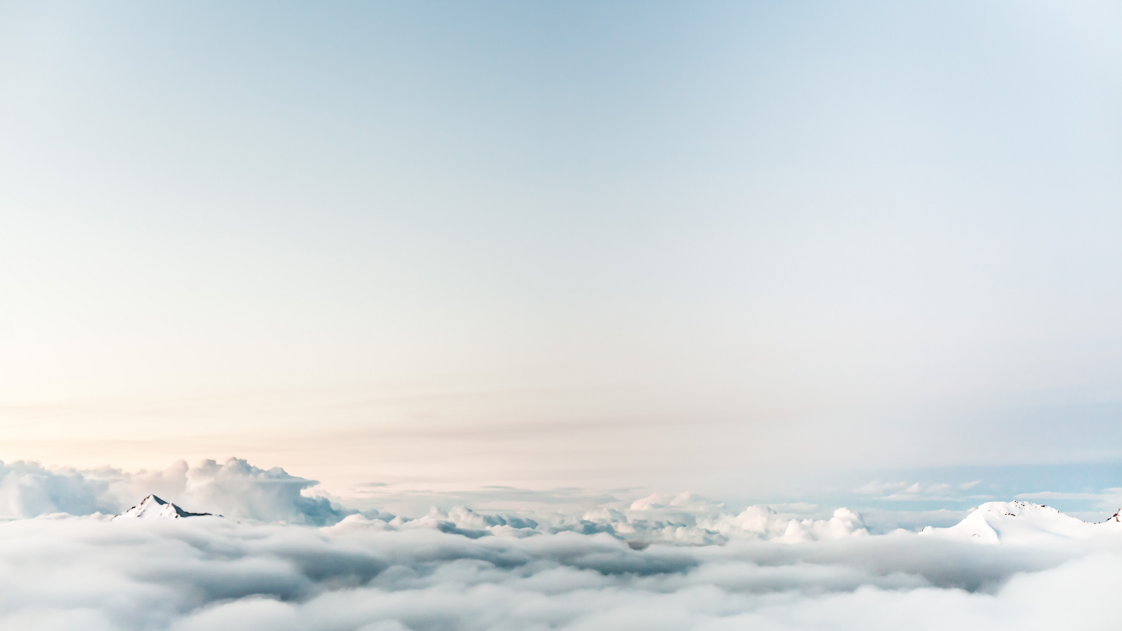 Floating on clouds wallpaper 3840x2160