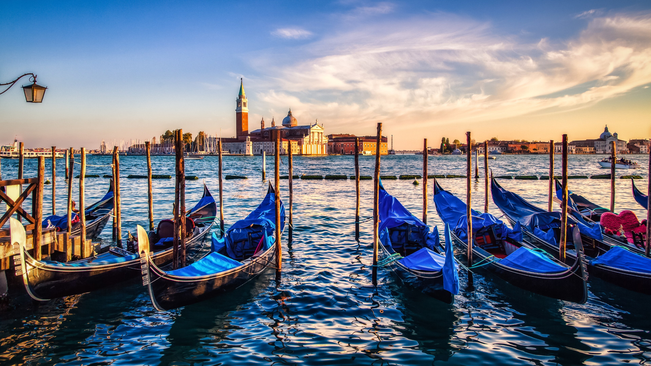Gondolas from Venice at sunset wallpaper 2560x1440