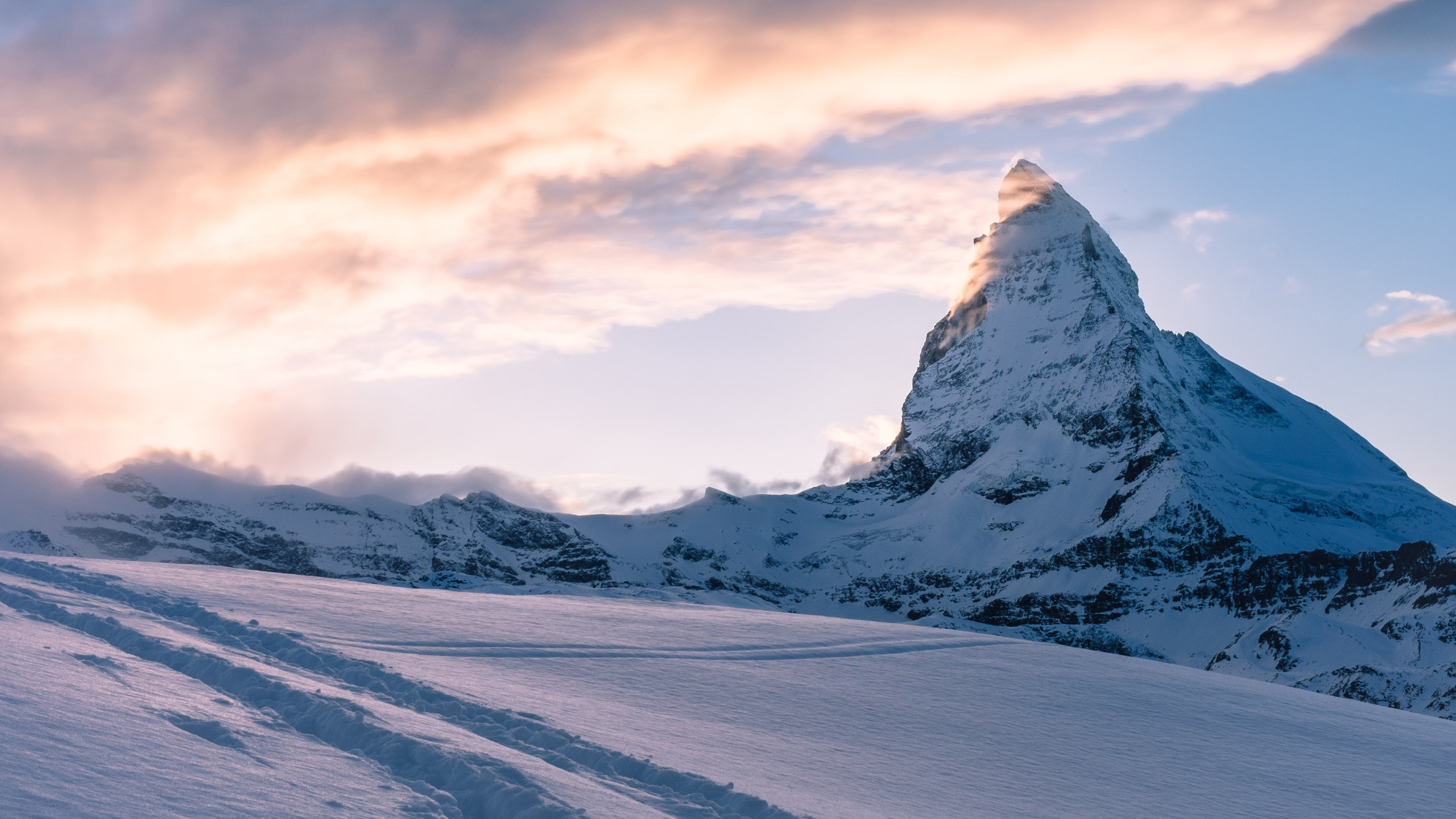 Swiss Alps. Matterhorn mountain peak wallpaper 2560x1440